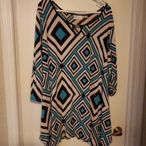 Like New 3/4 Sleeve Blouse with Geometric Design